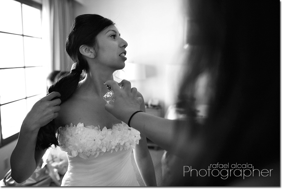 Wayfarers Chapel-Palos Verdes-bride getting ready