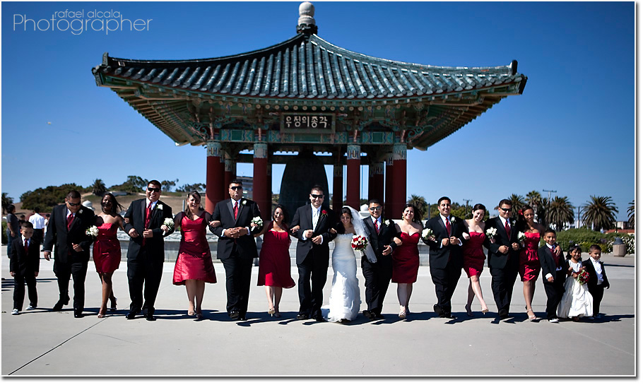 fun bridal party pics