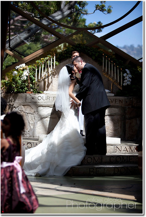 Wayfarers Chapel-Palos Verdes-first kiss